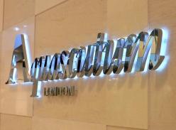 Aquascutum品牌连锁形象墙水晶底背发光字